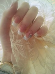 Наращивание и коррекция ногтей в Борисове